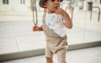 Co to joggery legginsy, tregginsy? – rodzaje spodni dla dzieci