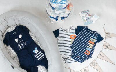 Jak łączyć ubranka dla noworodka?