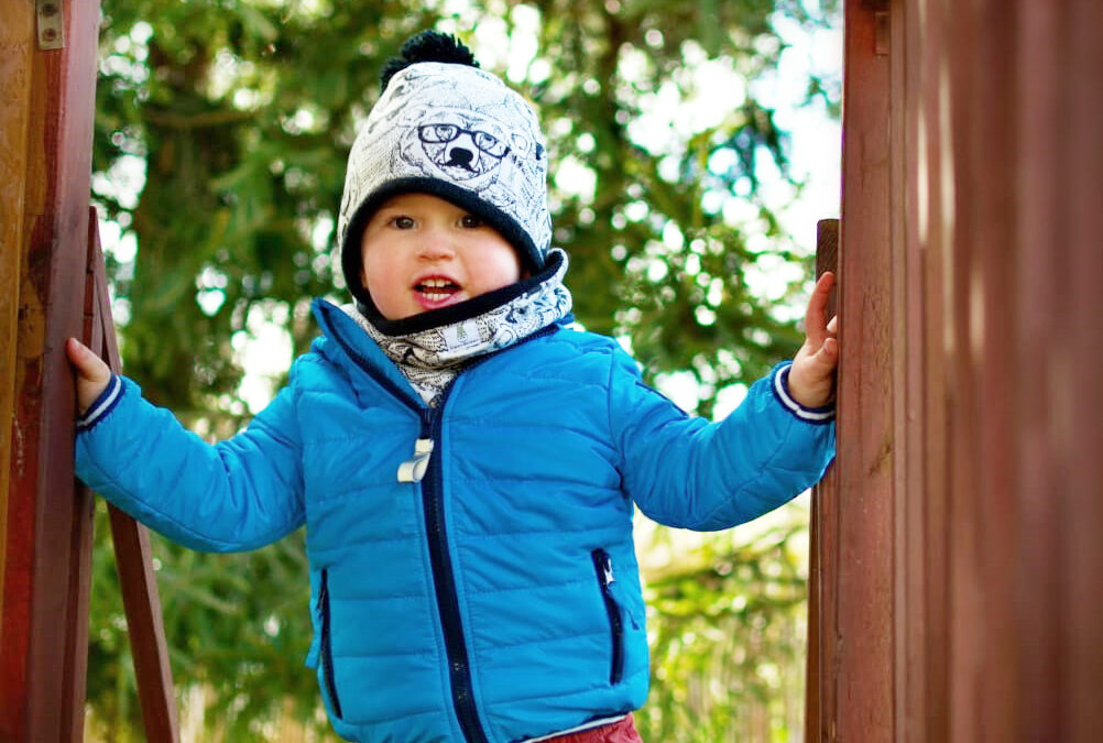 Jak ubierać dzieci wiosną?