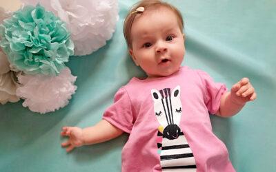 Jak ubierać niemowlaka latem?